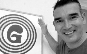 """""""Es la Hora de la Verdad 89.2 FM"""""""