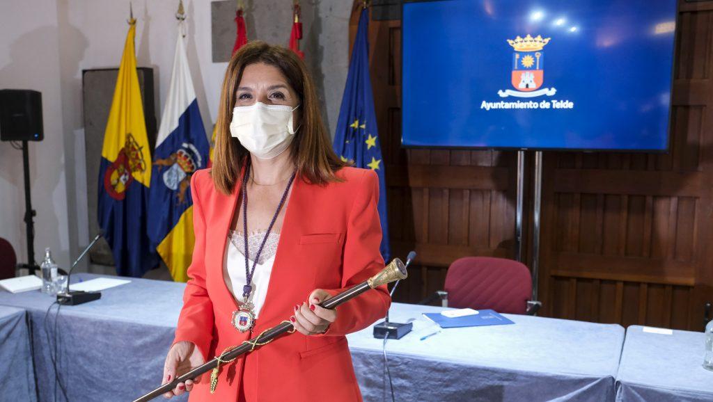 CARMEN HERNÁNDEZ RECUPERA LA ALCALDÍA DE TELDE